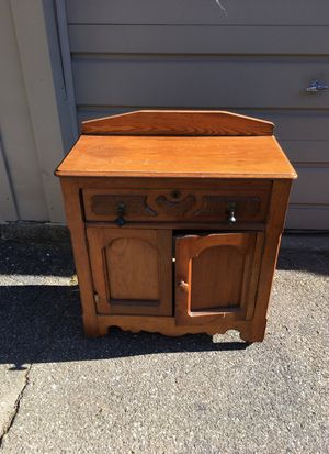 Antique chest, slight condition issues, original hardware for Sale in Grosse Pointe Park, MI