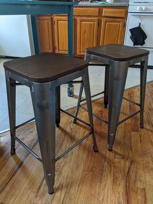 """Threshold Hampden Industrial Wood Top Counter Stool - Size 24"""" Metal for Sale in Brooklyn, NY"""