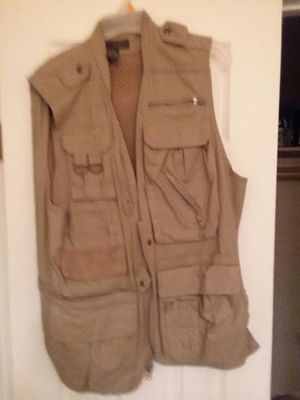 XL size Banana Republic fishing vest photo vest for Sale in Fort Washington, MD