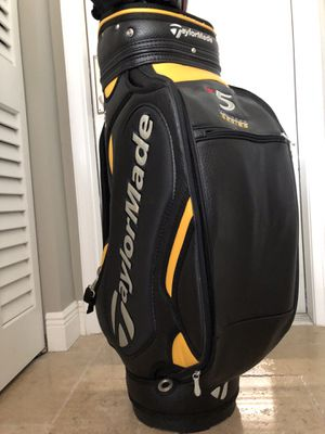 Golf carry bag with new cover for Sale in LAUD BY SEA, FL