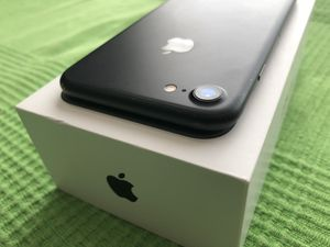 Apple iPhone 7 32 GB T-Mobile or Metropcs for Sale in Los Angeles, CA