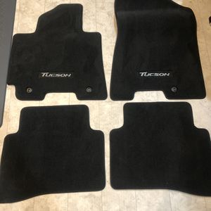 Hyundai Tucson Carpeted Floor Mats for Sale in Seattle, WA