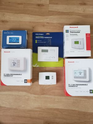 Brand New Programmable and Non-Programmable Thermostats - Various for Sale in St. Petersburg, FL