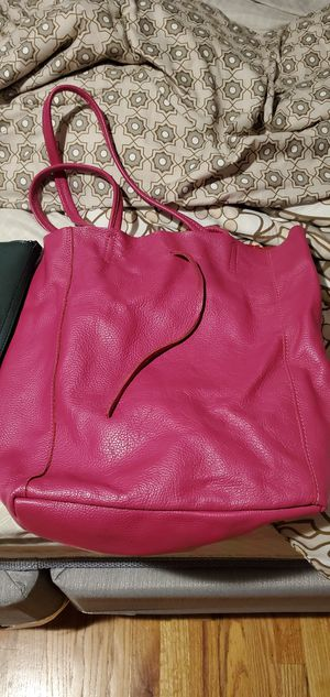 Italian leather handbag straight from Italy never been used for Sale in Woodstock, GA