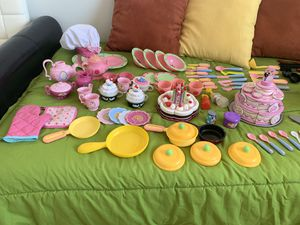 Toy Kitchen Accessories for Sale in Tamarac, FL