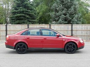 2OO3 AUDI A4 GREAT C0NDITI0N for Sale in Chicago, IL