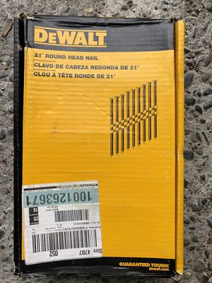 """DEWALT 3-1/4"""" X 0.131"""" FRAMING NAILS (2000-PACK) for Sale in Bellevue, WA"""