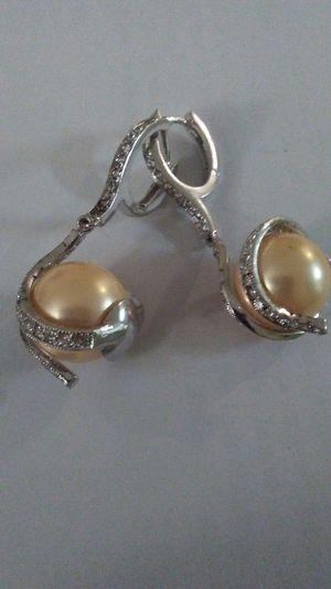 Earrings for Sale in Hyattsville, MD