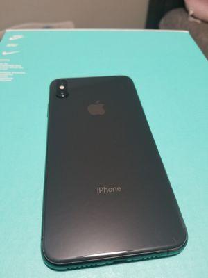iPhone Xs max for Sale in Menifee, CA