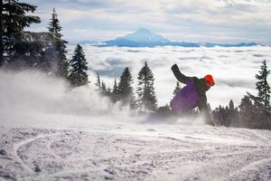 Timberline lift tickets for Sale in Brooks, OR