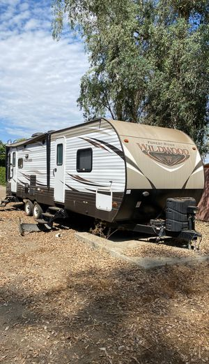2017 wildwood t27rlss for Sale in Lake Elsinore, CA