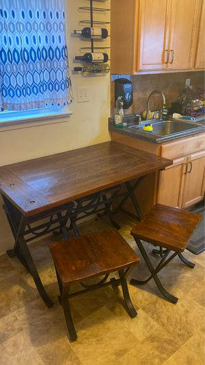 Kitchen Table for Sale in Brooklyn, OH