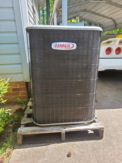 3.5 Ton Lennox R410 Straight Air Condenser for Sale in Mauldin, SC