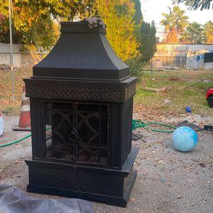 Outdoor Fire Pit / Fireplace for Sale in San Bernardino, CA