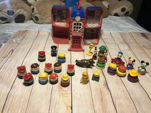 Fhiser price vintage little people and more toys vintage lot info in pictures for Sale in San Bernardino, CA