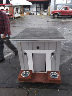 Dog House 3ft wide/4 feet deep/ 3x5ft Roof for Sale in Acampo, CA