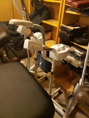 Facial steamer and maglamp with 5 x zoom for Sale in Glendale, AZ