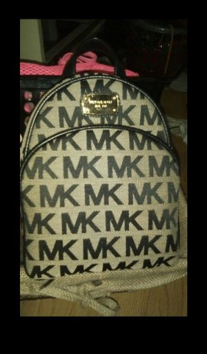 Authentic Michael Kors Mini Fashion Backpack for Sale in Union City, CA