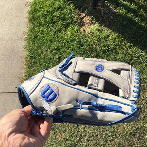 "Wilson A2000 YP66 12.75"" Baseball Softball Glove for Sale in Seal Beach, CA"