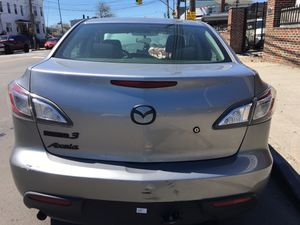 2011 Mazda 3 Parts 2.0L for Sale in Queens, NY