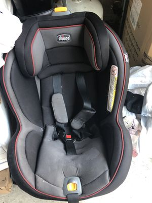 Chicco car seat for Sale in Greenwich, CT