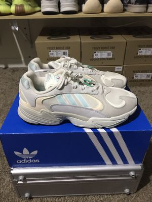 Adidas Yung-1 for Sale in Chicago, IL