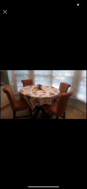 High top kitchen table for Sale in Mount Bethel, PA