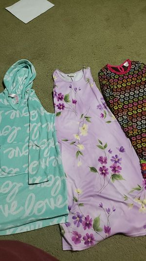 3 girl dresses for Sale in Justin, TX