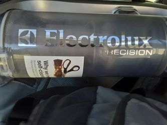 Electrolux Vacuum for Sale in Steilacoom,  WA