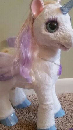 Furreal friends Starlily Unicorn for Sale in Ryland Heights,  KY