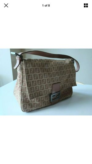 Fendi Zucchino Mama Baguette Pink (best offer or trade) for Sale in San Jose, CA