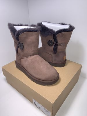 Ugg Women's Bailey Button II Boot Chocolate for Sale in Oxnard, CA