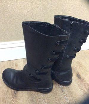 MERRELL Polartec leather boot ~ woman's size 10 for Sale in Escalon, CA