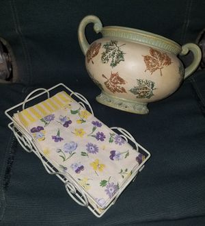 Decorative Ceramic Bowl w/Matching Towel Holder for Sale in Franklin, TN