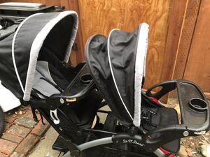 Stroller with 2 baby car seats for Sale in Fremont, CA