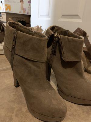 $20 Heels OBO for Sale in Ontario, CA