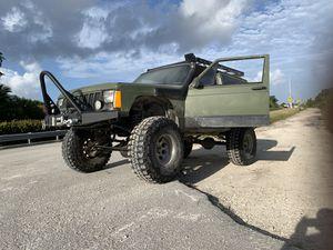 1995 Jeep XJ 2Door for Sale in Miami, FL