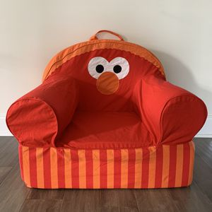 Land Of Nod Large Elmo Chair for Sale in Townsend, DE