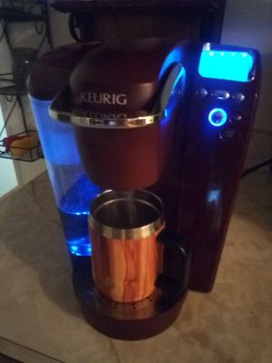 Keurig coffee maker model number b70 for Sale in Fairview Heights, IL