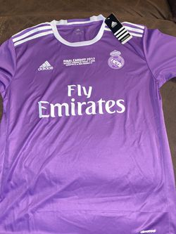 Real Madrid Jersey New With Tags Size Is Large And Ronaldo Name And Number for Sale in Perris,  CA