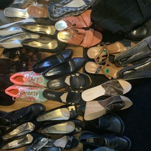 SHOE EXTRAVAGANZA for Sale in Wethersfield, CT