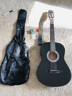 Beginner guitar set for Sale in Albuquerque, NM