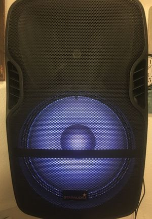 2000 watts pro audio speaker with stand and microphone for Sale in Henderson, NV