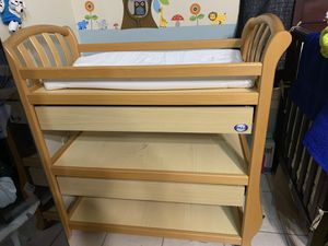 PALI BABY CHANGING for Sale in Houston, TX