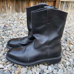 Mens Wolverine Wellington Black Leather Safety Toe Slip Pull On Work Boots 9.5. for Sale in Redlands, CA
