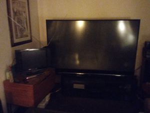 3D Mitsubishi 82 inch TV with stand for Sale in Columbus, OH