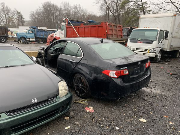 2012 Acura TSX for parts