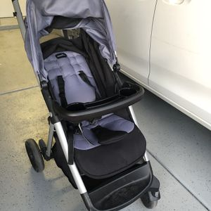 Evenflo car seat and stroller for Sale in Chandler, AZ