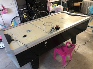 Air hockey table. for Sale in Woodland Hills, CA