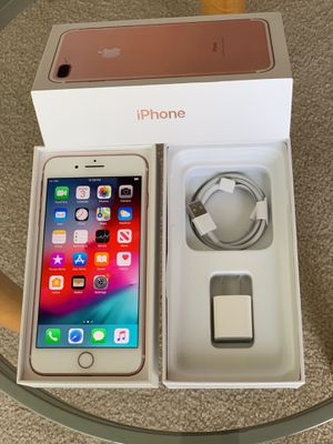 iPhone 7Plus factory unlock 32GB Rose gold OR Black OR Gold for Sale in Glenview, IL